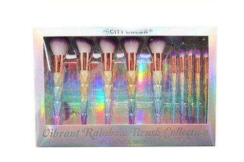 La parte frontal de la caja de un City Color Vibrant Rainbow Brush Collection que muestra 10 pinceles